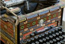 Too Type!  / Vintage and funky type writers :)