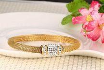 Sehr Elegant Damen Edelstahl Armband 316 L+Zirkon+Magnetverschluss+13,7 g 25,90 Euro