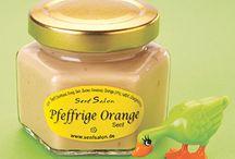 Fruchtig-scharfe Senfe und Chutneys