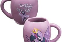 My Little Pony / My Little Pony Gift & Collectibles offered by LivingforPop.com