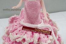 ΚΟΥΚΛΕΣ πλεχτα φορέματα / Γιούλη Μαραβέλη, κατάστημα: Χειροποίηση Χαλκίδας.Τηλ 2221074152 email maravelip24@gmail.com