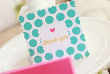 Pretty Packaging / by Danielle Bond