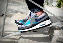 "Nike Air Max Light Essential 631722-003 ""Base Grey/Black/Vivid Blue"""