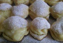 Cakes / :)