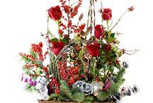 Flowers arrangement / Composiciones florales con frutos, ramas... Flowers,piece of some fruits ,branches...  more/más info:www.carolinabouquet.com