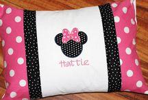 Bebek yastıkları battaniyelleri