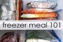 Freezer meals. / by Alba Morales