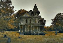 Halloween travels / Spookey wandering