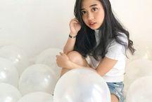 ballons photoshoot / white ballons photoshoot
