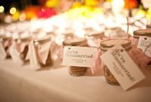 Wedding Favors / Thank your guest with a nice and fun favor