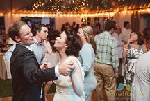Summerville South Carolina Wedding / The bride's favorite place, her childhood home, is the scene for this sweet wedding in Summerville, South Carolina. This wedding was also published in Charleston Weddings Magazine!