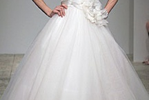 Wedding Gowns!! / by Leanne Peace