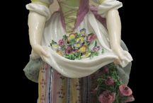 porcelánfigurák