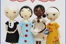 Wooden dolls / Petite wooden people