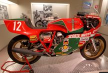 Classic Racing Motorcycles / Classic Racing Motorcycles