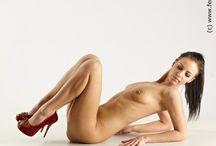 #5 - Laying Poses - Female Anatomy / Female Anatomy for Artist Human Body Anatomy Drawing Laying Pose
