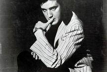 ★ Elvis Presley