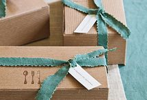 Gift wrapping / Creative, stylish and surprising ways to wrap a box, basket or hamper.