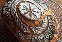 My Bread / Meine täglichen Brote - Einschneideübungen. My daily loaves - scoring patterns.