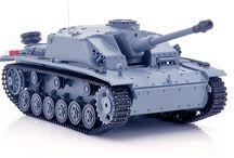 RC Tanks / by RCRadiocontrol