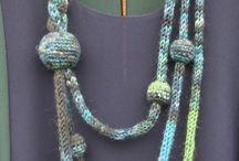 Tricottare (lavorare a maglia)