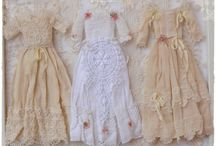 1:12 Edwardiam Romantic wardrobe / Hanging clothes for your dollhouse.