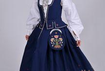 Norwegian folk costumes. / Beautiful traditional costumes.