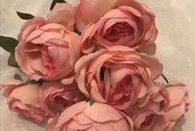 Yapay çiçekler vazolarınızı süsleyecek şıklıkta