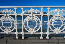 Barandilla de la Concha de San Sebastián / Fotografías de la barandilla más famosa de #Donostia #Sansebastian. En la playa de la Concha