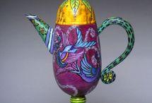 Tea Pots / by Beth Thrall