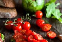 Salads / Ensaladas