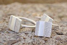 Ladie's rings