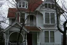 Victorian Homes / Obsessed with Them ♥♥♥ / by Alice Bradway