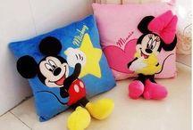 almofada Mickey