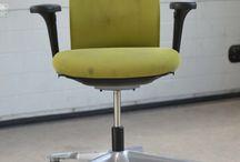 Refurbishment project / Een mooi voorbeeld van onze circulaire aanpak is dit refurbishment project waarin we 120 afgeschreven bureaustoelen nakijken, opknappen en voorzien van nieuwe stoffering. De stoelen kunnen weer 6 tot 8 jaar probleemloos gebruikt worden. #GetFitterbySKO
