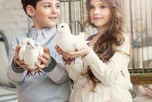 enfants avec colombes
