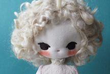 Dolls / Muñecas