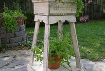 dřevěný květináč