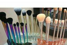 M-up Brushes