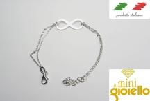 Collezione Gioielli infinito / Una collezione di gioielli in argento riguardanti l'infinito.