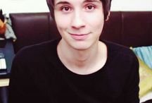 ~Dan Howell / >•< Cult leader/meme/dad/son/the other half of the power duo.