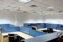 Mẫu trần thạch cao văn phòng đẹp, mới năm 2014 / Mẫu trần thạch cao đẹp: Các tòa nhà văn phòng thường làm trần phẳng và được làm bằng tấm trần nhôm, trần nhựa hoặc tấm thạch cao, mỗi loại có những ưu nhược điểm nhất định. Riêng tấm trần thạch cao thường hay được sử dụng cho các công trình lớn bởi nó có nhiều đặc tính tốt như: Chống ẩm, cách âm, cách nhiệt, chống cháy,... trong khi giá thành hợp lý. Dưới đây là mẫu trần thạch cao đẹp được thiết kế cho Văn phòng và các Trung tâm tài chính (...tiếp tục cập nhật)