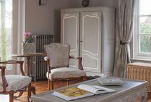 Старая мебель в интерьере