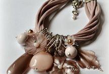Collane/bracciali/orecchini
