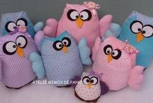Corujas / Owl / Crafts com o tema coruja! / by Regiane Garcia