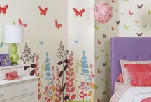 Emma's room / Girly butterfly and flowers.  Pink!