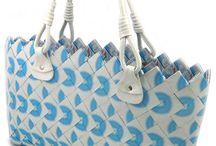 snoeppapieren tassen,ook van folie cadeaupapier of chipsverpakkingen / by Christine Deprey