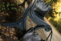 Le 42, sac de ville chic et racé : 1 sac, 6 possibilités... / Choisissez vos couleurs et assemblez votre sac au gré de vos envies... A vous de choisir, comment vous allez aimer le porter ? en petit modèle version trapèze ou carré ou en grand modèle...