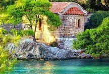 Ελληνικές εκκλησιες