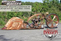 "Show Quality Chrome Baggers / Check out this old school Knuckle Dragger sporting a 30"" rim with CCI's chrome plating complete with a white wall beauty ring."